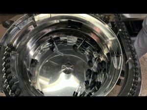 mechanické ručné typ cbd fľaše plniace a uzatváracie stroje